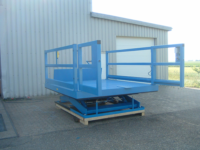 Loading Bay Scissor Lift